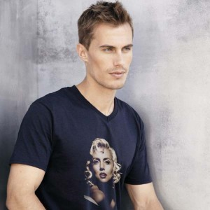 T-shirt V-hals bedrukken: Achterkant - T-shirts - DesignOntwerpen